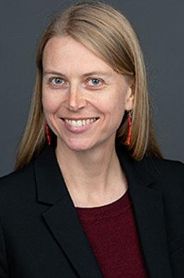 Dr. Julia Gauglitz